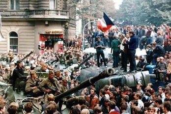 073 RETRO-PRAGUE-SPRING-COMMUNISM