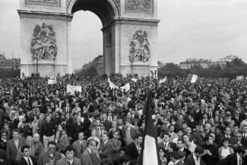 7793078897_la-manifestation-de-soutien-au-general-de-gaulle-le-30-mai-1968-sur-les-champs-elysees