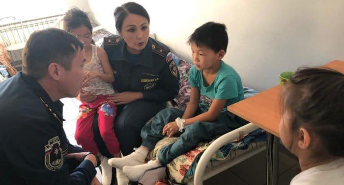 В Якутии 10-летний мальчик спас из огня четверых малолетних детей
