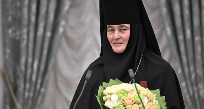 Настоятельница Покровского монастыря Москвы награждена государственным орденом