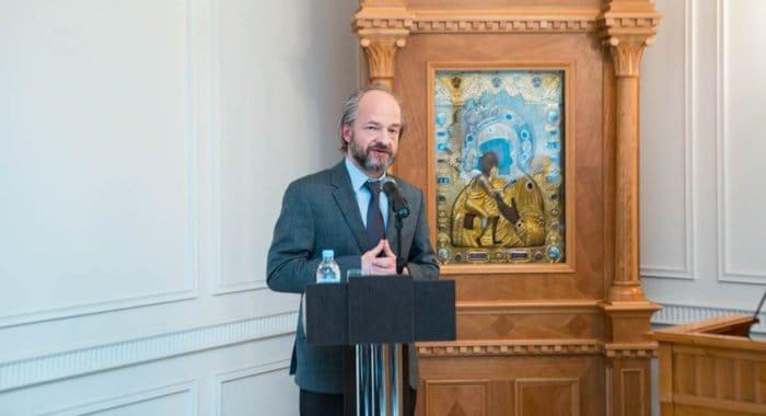В России защищена вторая научная диссертация по теологии