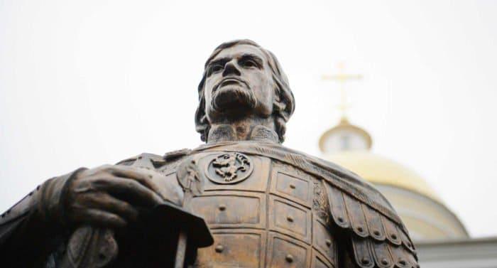 Торжества в честь Александра Невского должны вдохновить современников на жизнь по заповедям, – патриарх Кирилл