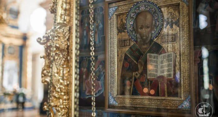 Как правильно молиться Николаю Чудотворцу?