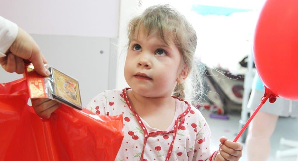 Добровольцы «Милосердия» будут заботиться о детях в больницах Москвы