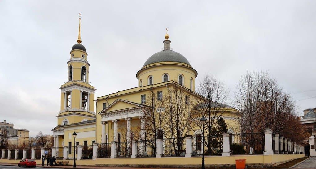Храм, в котором венчался Александр Пушкин, передали Церкви