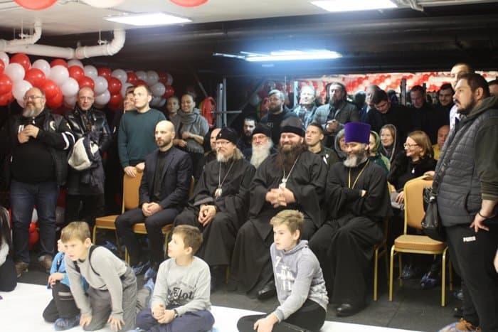Православный спортивный клуб в москве все ночные клубы березники