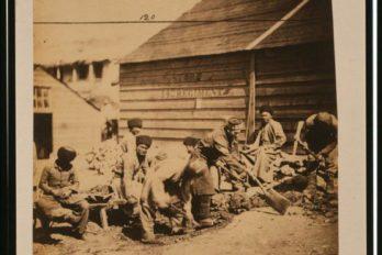 Крымские татары в расположении 14-го полка