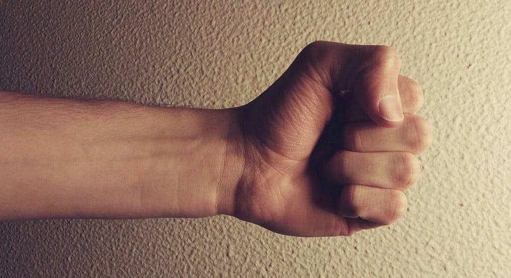 Насилие в семье не должно быть нормой, - митрополит Волоколамский Иларион