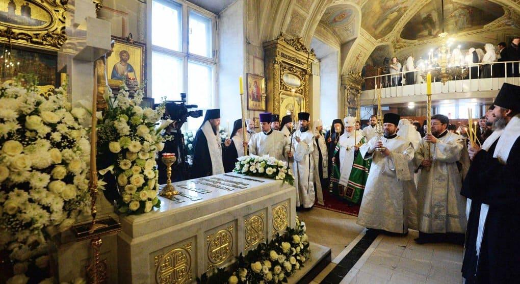 В Елоховском соборе молитвенно помянули Святейшего Патриарха Алексия II