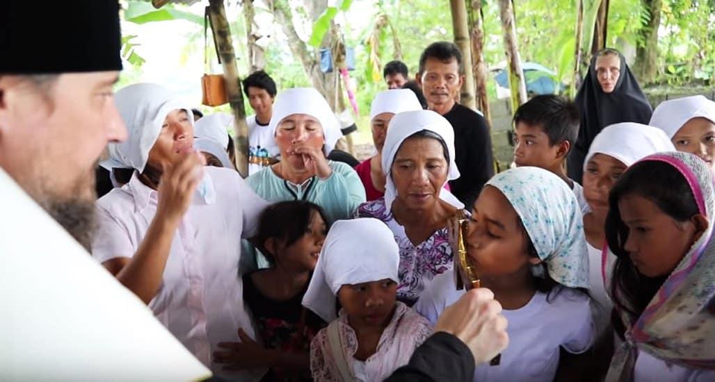 «Очень светлые люди»: о православных филиппинцах сняли неформальный фильм