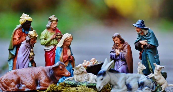 Католическая и ряд Поместных Православных Церквей отмечают Рождество Христово