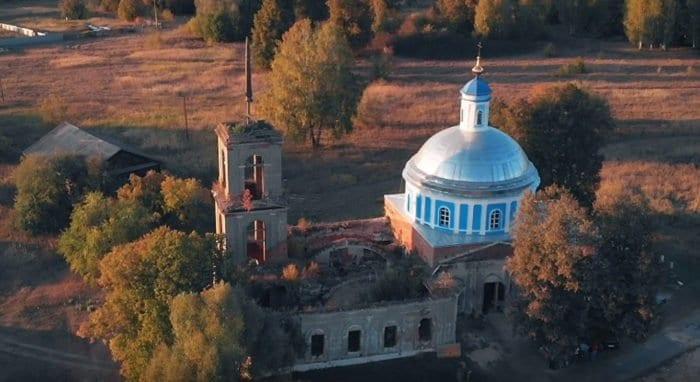 Вышел фильм о сельских храмах, которые еще можно спасти