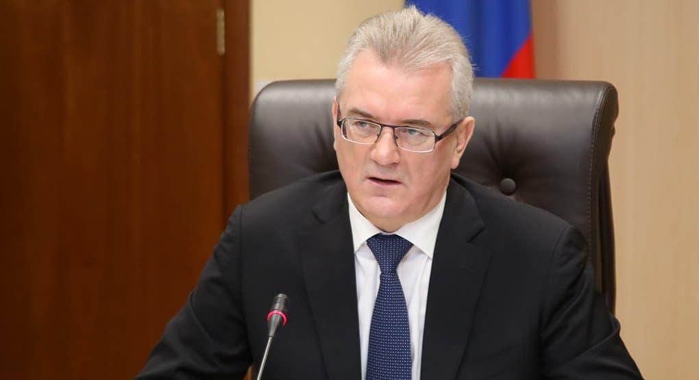 Пензенский губернатор поручил главам муниципалитетов лично отговаривать женщин от абортов