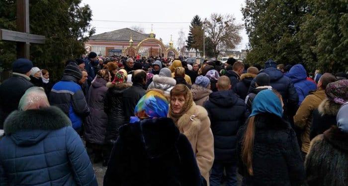 На Волыни раскольники посягают на храмы канонической Украинской Церкви