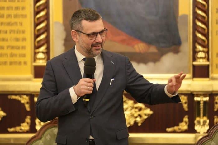 Владимир Легойда призвал епархиальные информотделы налаживать связь друг с другом