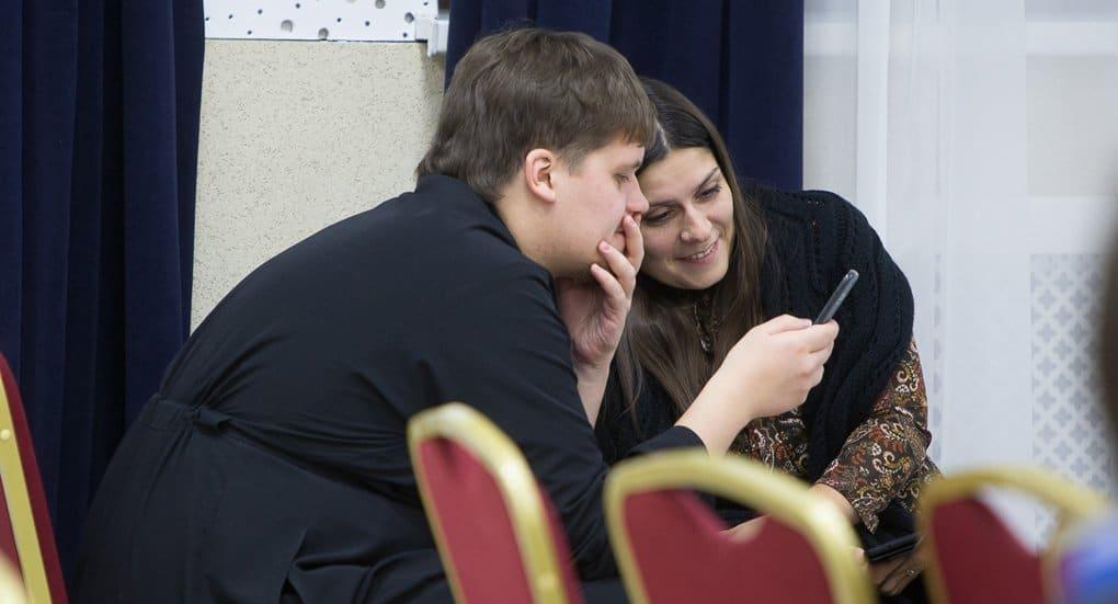 Епархиям и приходам разъяснили, как вести миссию в соцсетях