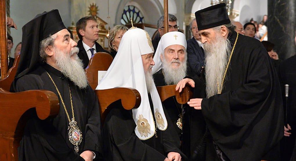 Поместные Церкви должны задуматься, как помочь Константинополю «выбраться» из ереси, считают в Русской Церкви