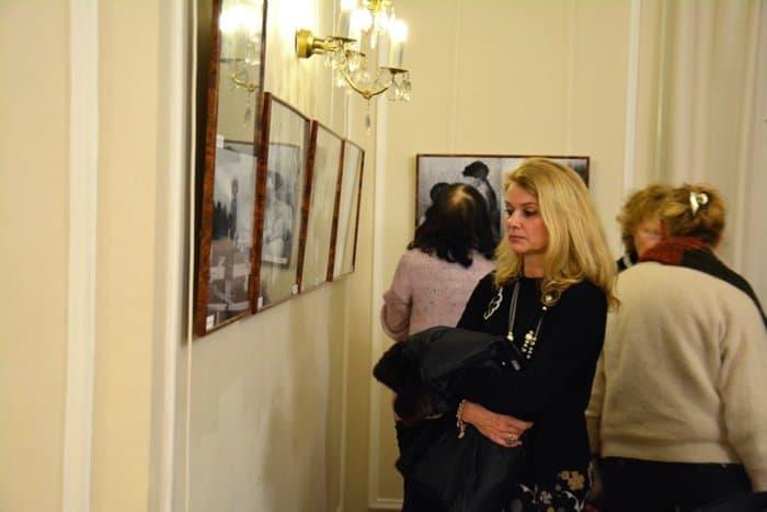 Жители Праги увидели редкие фото Царской семьи