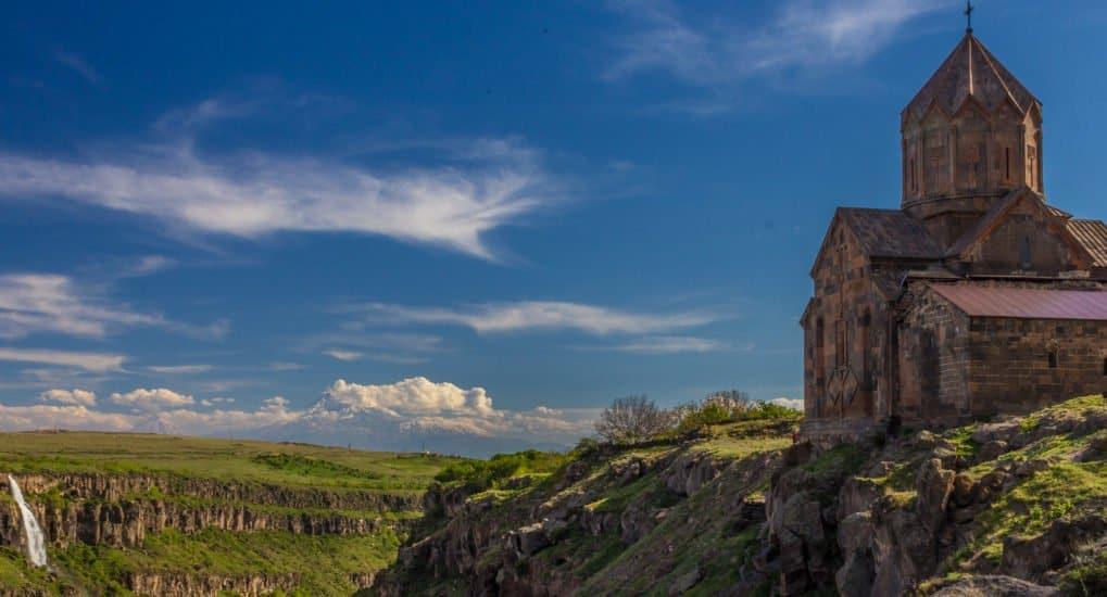Как молиться за крещенного в Армянской Церкви?