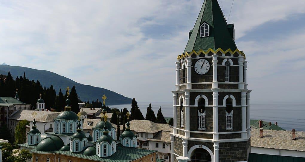 Русский монастырь на Афоне ограниченно возобновил прием паломников на ночлег
