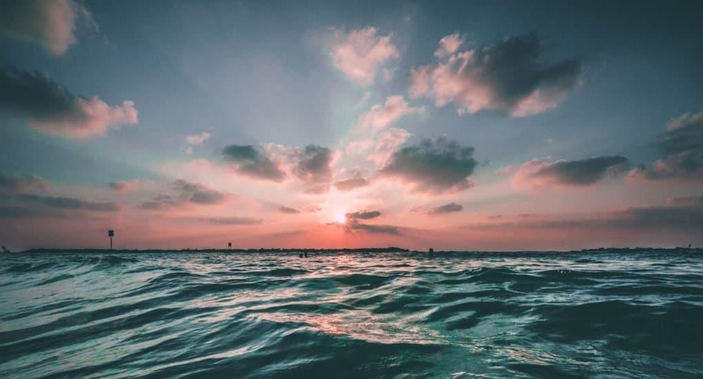 Крестилась взрослой. Надо ли исповедовать грехи, которые были до крещения?