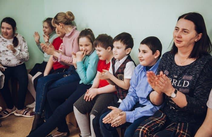 """""""Добрый колобок"""" и """"Ангельский мир"""" в школе-интернате"""