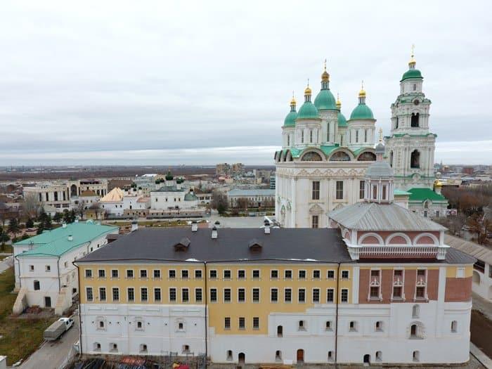 В Кремле Астрахани полностью отреставрировали исторические Архиерейские палаты