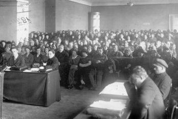 Общий вид зала суда на судебном процессе над группой церковников Александро-Невской лавры (Двадцатка)