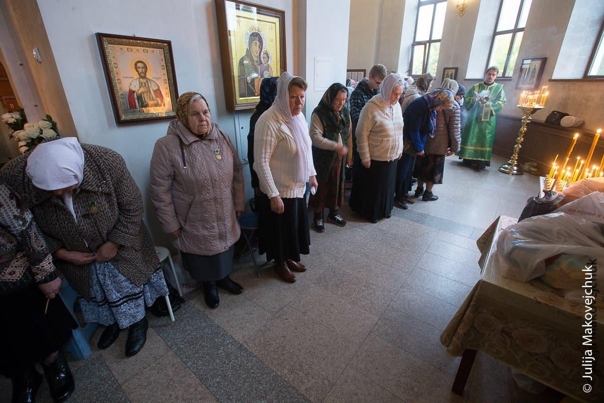 Что нам делать с церковными бабулями