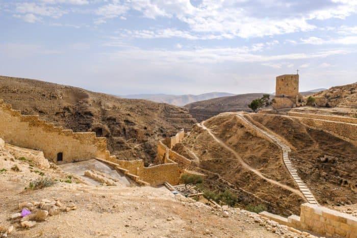 Иудейская пустыня в ожидании Пасхи: 20 потрясающих видов - фото 4