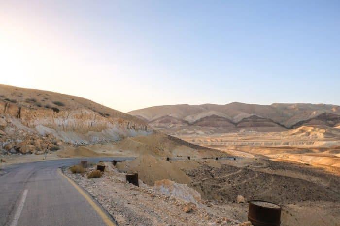Иудейская пустыня в ожидании Пасхи: 20 потрясающих видов - фото 7