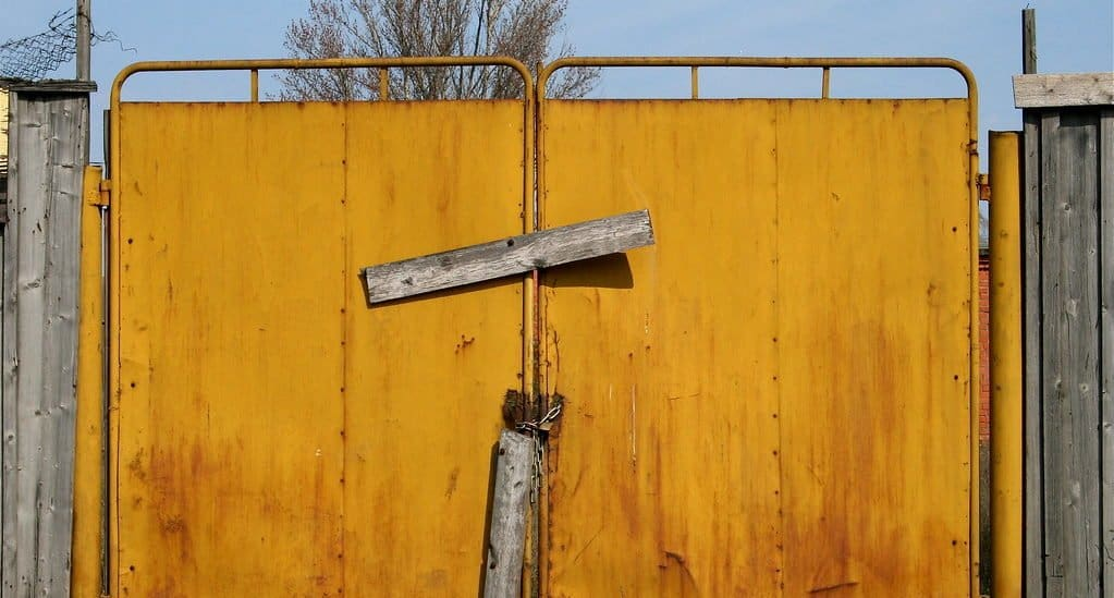 «Чувство вины закрывает нам будущее»: священник о наших частых проблемах с покаянием