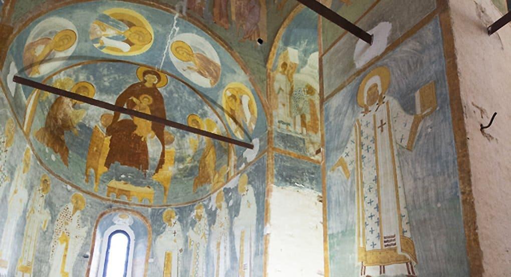 Специалистам удалось сохранить росписи Дионисия в главном храме Ферапонтова монастыря
