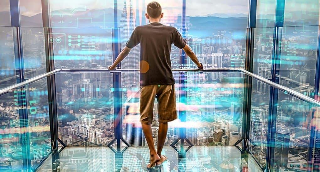 Людям надо строить не светлое будущее, а светлое настоящее, - писатель Евгений Водолазкин