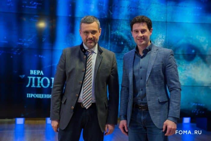 """Антон Макарский: """"Я благодарен Богу за то, что нам пришлось ждать детей 13 лет"""""""