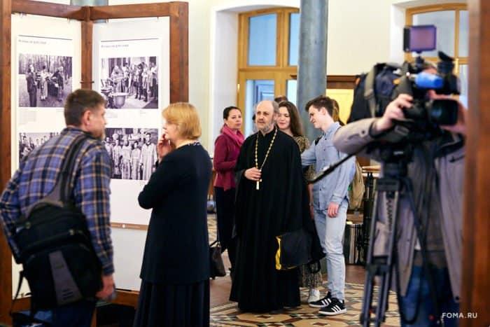 Фотовыставка о жизни священников в малых городах открылась в ПСТГУ