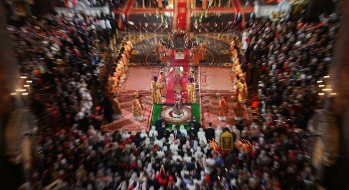 Более 4,3 миллионов россиян встретили Пасху в храмах