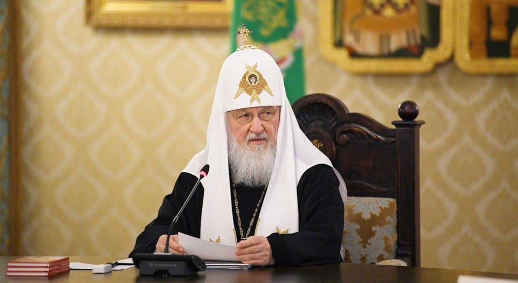 Патриарх Кирилл просит не верить мифам об опасности возвращения храмов Церкви
