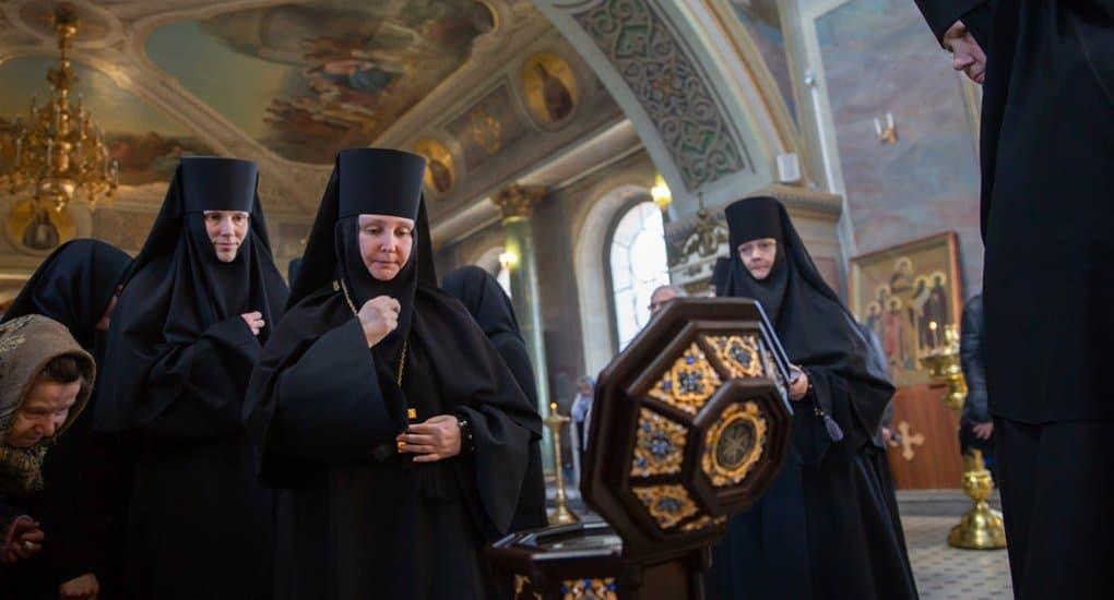 Шостьенскому монастырю под Рязанью передали частицу Пояса Пресвятой Богородицы