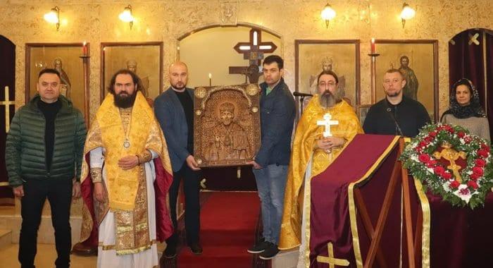 Русская Церковь передала христианам Сирии и Ливана уникальные резные иконы