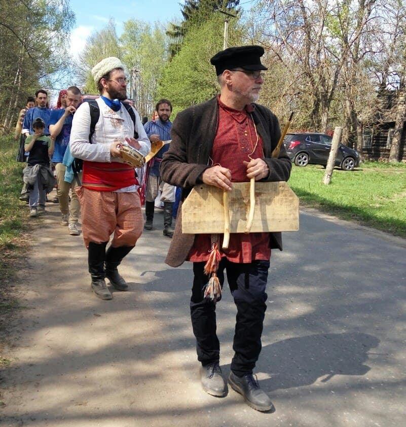 Волочебники: а вы знали, что для Пасхи есть свои «колядки»?