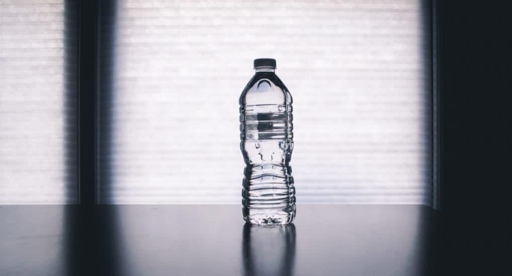 Сын пьет воду перед Причастием. Что делать?