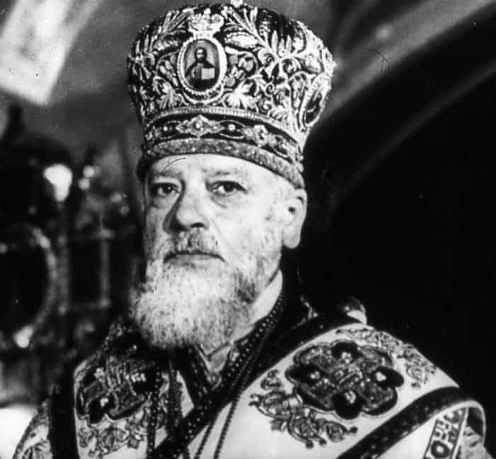 Пасхальные послания патриархов начала и конца Великой Отечественной Войны