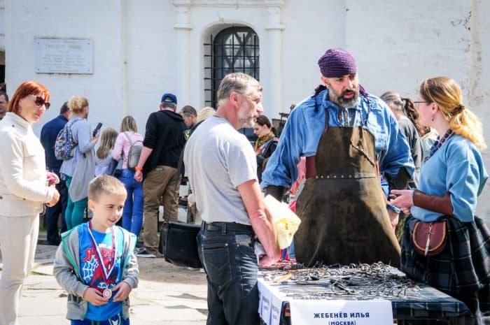 """В Ростове процвели ремесла: фестиваль """"Живая старина"""""""
