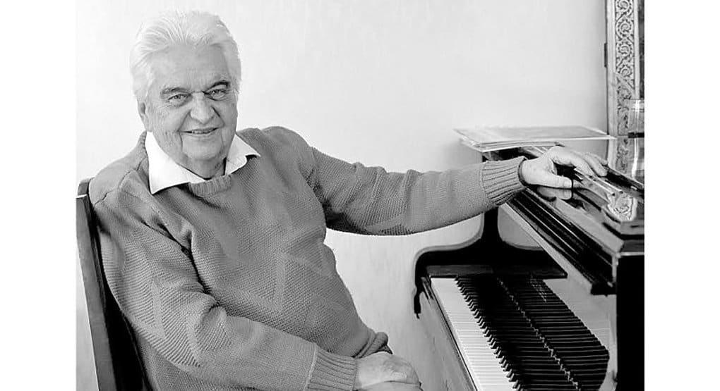 Умер автор музыки к детским фильмам и мультфильмам Евгений Крылатов