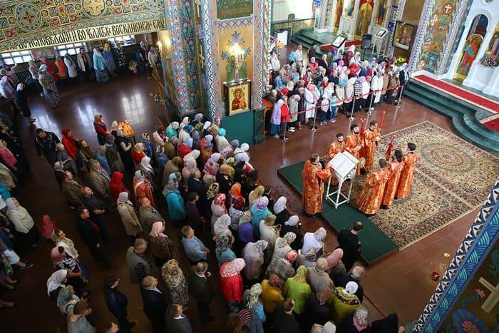 В Нижнем Новгороде освятили храм, который восстанавливали более 20 лет