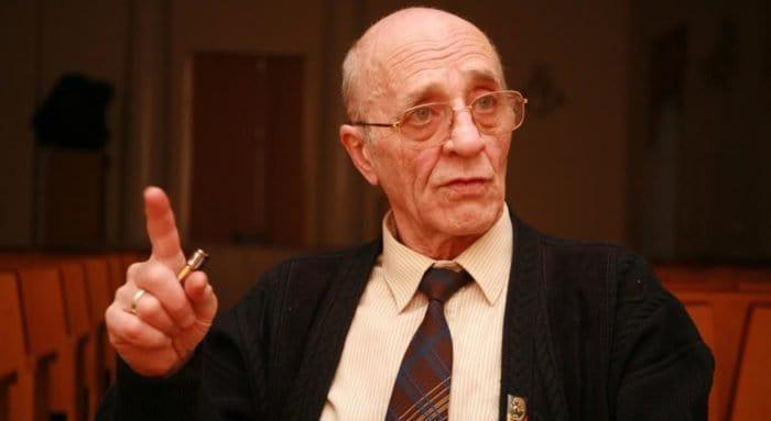Литературовед и пушкинист Валентин Непомнящий отмечает 85-летие