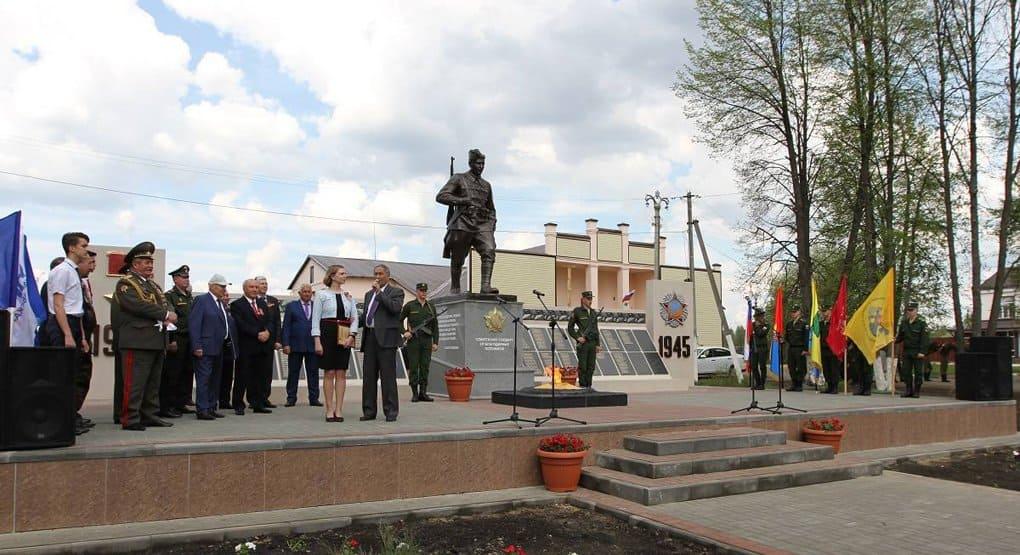 Имена более 500 воинов Великой Отечественной увековечили на памятнике в Тамбовской области