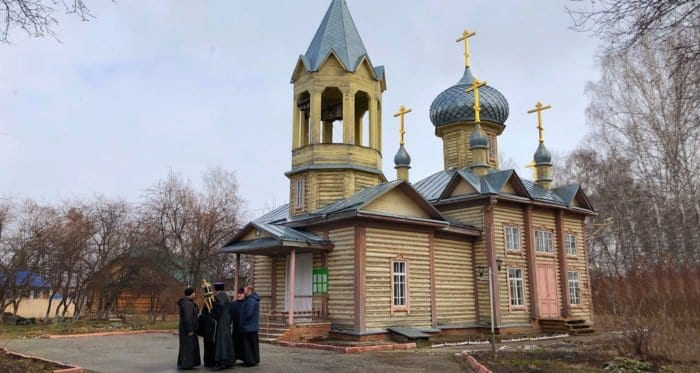 Томских священников научат проводить экскурсии по храмам города