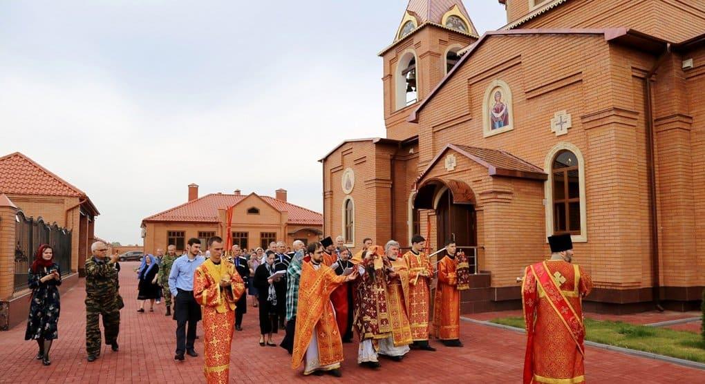 В чеченской станице освятили храм великомученицы Варвары